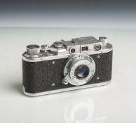 "Kamera ""Zorki"" (Made in USSR, Bj. 1955 - 1958), Nr. 215152, Objektiv ""FED"", 1:3,5 / 5 cm."