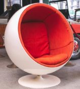 Ball-Chair von Eero Aarnio für ASKO (1963-65), 1. Hand, frühe Ausführung, drehbareSitzschale au