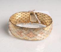 Damenarmband 585 Gold, Tricolor, gestempelt: Feingehalt, L. ca. 20 cm, Gewicht ca. 49,45.