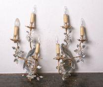 Ein Paar (elektr.) Wandleuchter (wohl Italien, wohl 20. Jahrhundert), jeweils 3-flammig,Metall,
