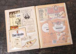 Album m. alten Weinetiketten, u.a. Deutschland, Italien, Ungarn, Mazedonien, Rumänien,sehr