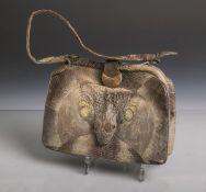 Alte kleine Echsen-Handtasche (wohl 1920/30er Jahre), mit kleinem dazu passendem