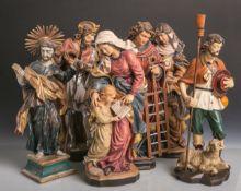 Konvolut von 6 versch. Holzfiguren von Heiligen, vollplastisch geschnitzt, polychrom