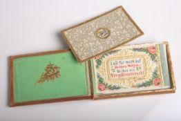 Altes goldverziertes Poesiekarten-Kästchen (wohl 1. Hälfte 19. Jahrhundert), mit