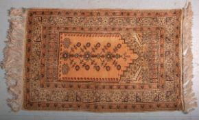 Kl. Wandteppich (Türkei, ca. 80 Jahre alt), Seide auf Seide, handgeknüpft, Pflanzenfarben,
