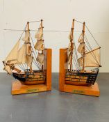 Model ship book ends of HMS Victory H30cm x L17cm