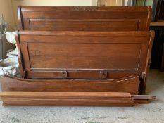 Oak sleigh bed (H130cm W190cm)