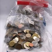 A large quantity of foreign coins (about five kilos)