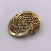 A Ladies Gold Brooch, marked 585 (11.5g)