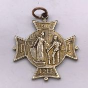 A Rare 1914-18 Newport is Proud of You Prisoner of War gold medal (9ct 375 Total Weight 12.7g)