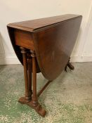 An Early Victorian Sutherland Table (H74cm W120cm D90cm)