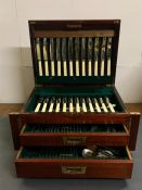 An ARMA 12 place setting canteen of cutlery in a two drawer mahogany canteen with lift up lid.(49 cm