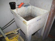 Lot - ELM Utilatub Utility Sink, Portable Mop Bucket with Mop, Portabel Cart