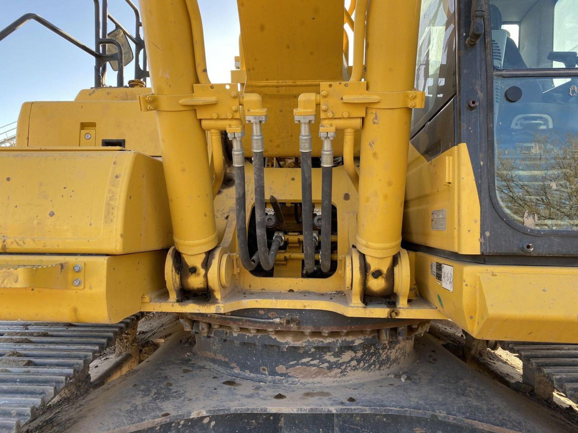 2018 Komatsu PC360LC-11 Hydraulic Crawler Excavator, S/N: A36863, PIN: KMTPC256CJWA36863; with 2,883 - Image 14 of 19