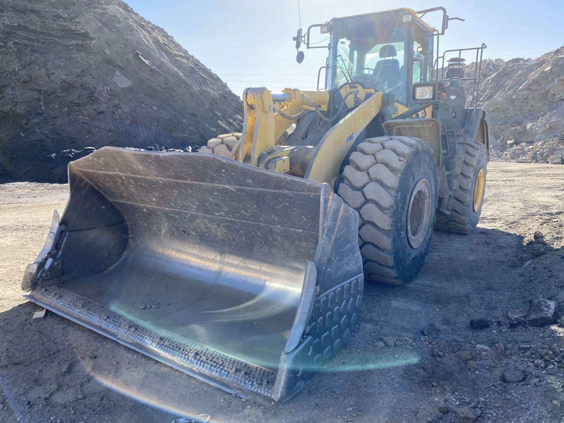 2016 Komatsu WA470-8 Wheel Loader, S/N: A49107, PIN: KMTWA129PGNA49107; with 6,146 Hours (at Time of - Image 6 of 23