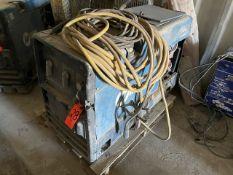 Miller Bobcat 250NT CC/CV AC/DC Welder 10,500 Watt Generator, S/N: LH420028H