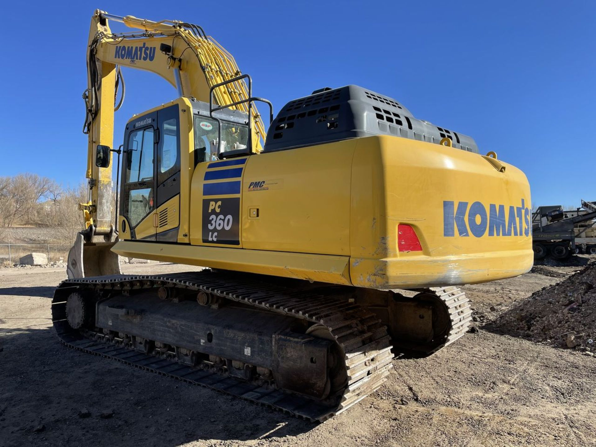 2018 Komatsu PC360LC-11 Hydraulic Crawler Excavator, S/N: A36863, PIN: KMTPC256CJWA36863; with 2,883 - Image 4 of 19