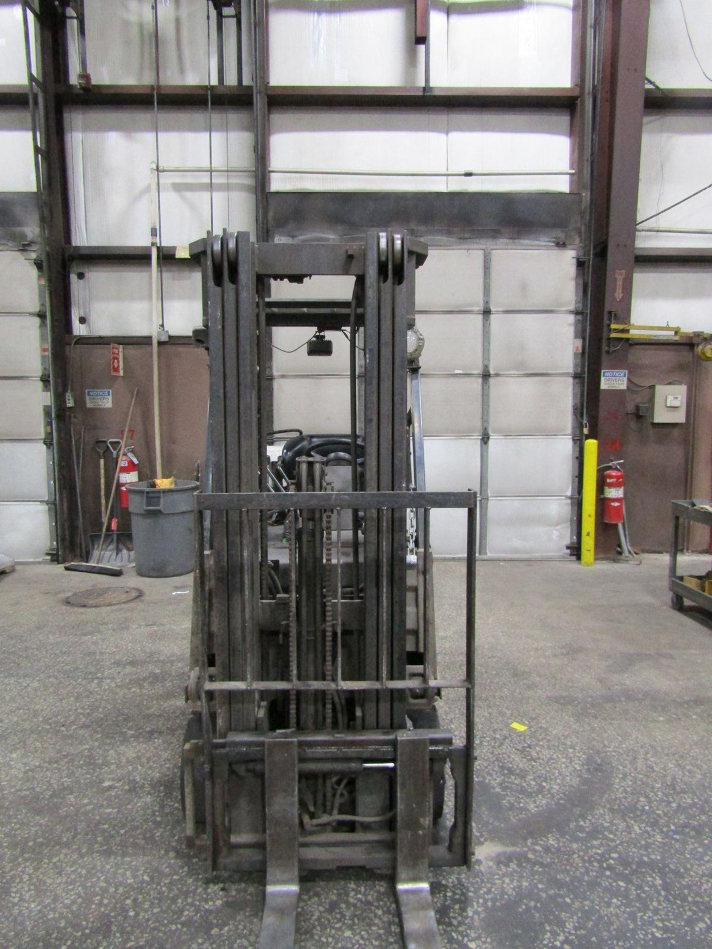 Toyota 2,200 lb. Cap. Model 8FGCSU20 LP Fork Lift Truck, S/N: 13770; with 3-Stage Mast, Side - Image 6 of 11