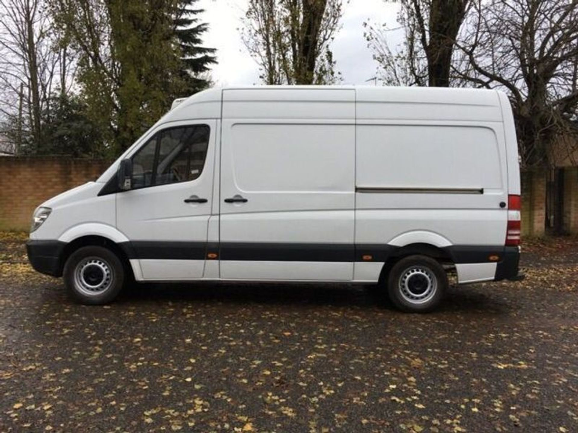 Lot 30 - Mercedes Sprinter 313 2.1 CDI Fridge/Freezer Overnight/Standby Van - 2012 Model