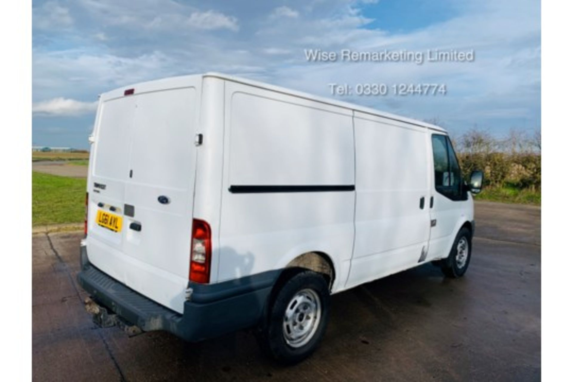 Lot 26 - Reserve Met Ford Transit T350 2.2 TDCI - 2012 Model - Air Con -Tow Bar - Ply Lined - Save 20% NO Vat