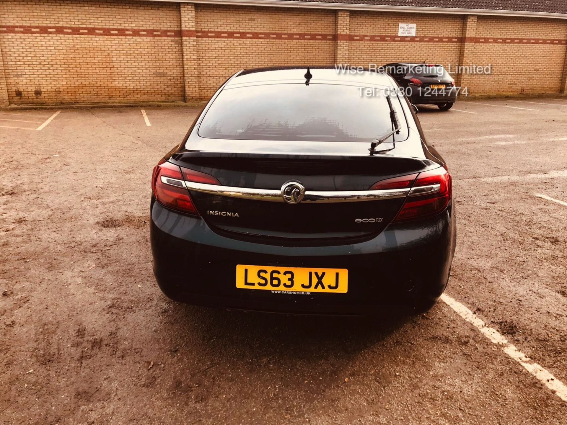 Lot 35 - (RESERVE MET) Vauxhall Insignia 2.0 CDTI Techline 6 Speed - 2014 Model - Part Leather -