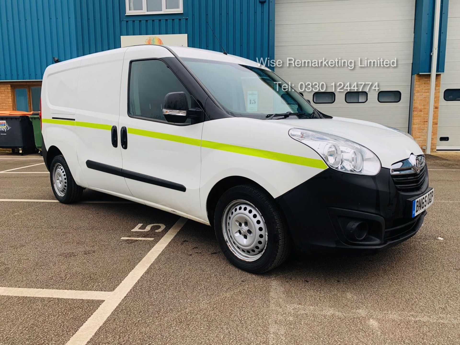 Lot 9a - Vauxhall Combo 2300 1.6 CDTI Long - 2016 Model - 1 Keeper From New - Twin Doors - Ply Lined