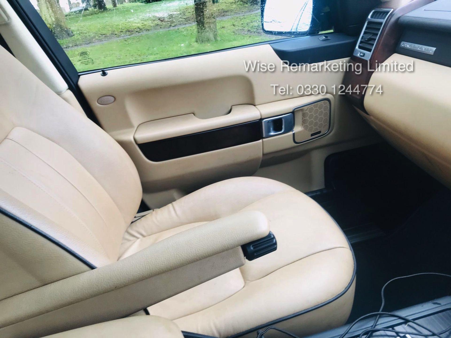 Range Rover Vogue 3.6 TDV8 HSE Auto - 2010 Model - Cream Leather - Service History - - Image 11 of 28
