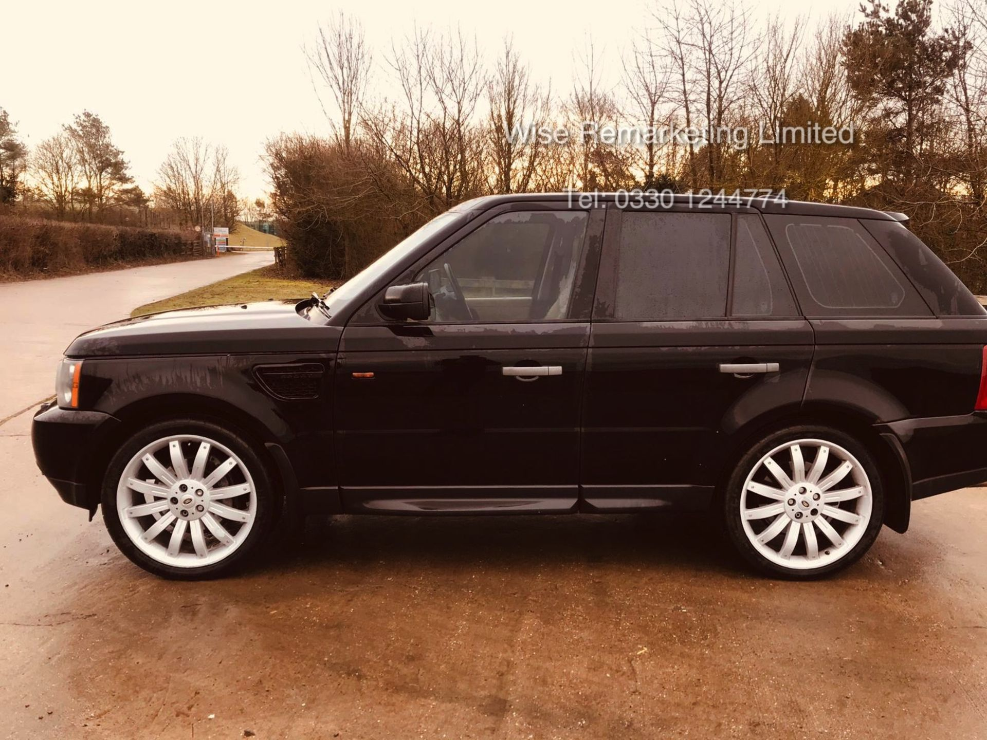 Range Rover Sport 2.7 TDV6 HSE Auto - 2008 Model - Cream Leather - Sat Nav - Heated Seats - Image 5 of 19