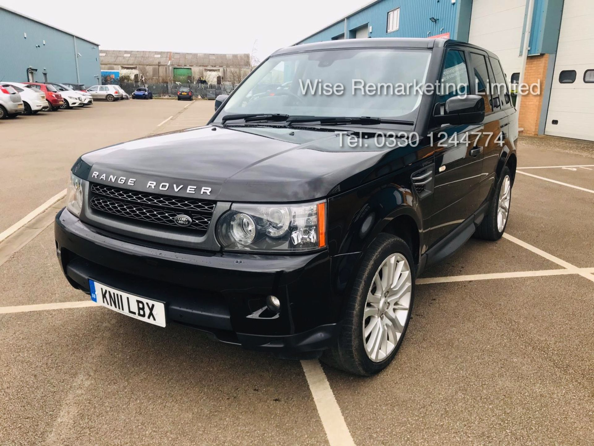 Range Rover Sport SE 3.0 TDV6 Automatic - 2011 11 Reg - 1 Keeper From New - Service History - Image 3 of 21