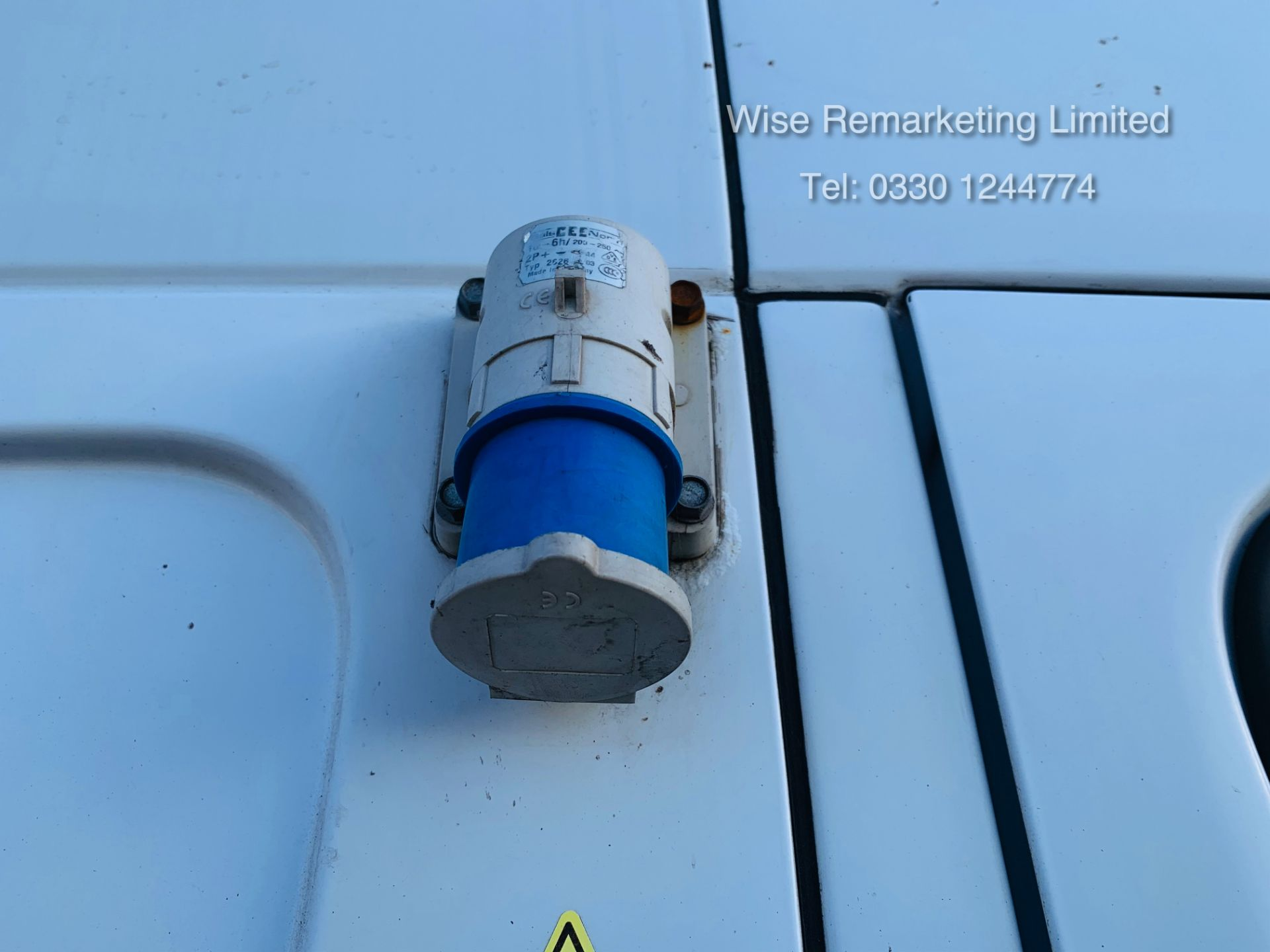 Lot 12 - Mercedes Sprinter 316 2.1 CDI Long Wheel Base Fridge/Freezer Overnight Standby Van - 2014 Model