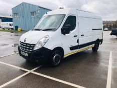 (RESERVE MET) Renault Master 35 2.3 CDI - 2012 Model - 6 Speed - Sat Nav - AIR CON
