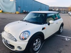 (RESERVE MET) Mini Cooper First 1.6cc - 6 Speed - 2011 11 Reg -