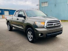 (RESERVE MET) TOYOTA TUNDRA 4.6 V8 SR5 SE DOUBLE-CAB - 2010 YEAR - AIR CON -FRESH IMPORT -