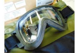 Unissued pair of Cam Lock Anti Mist SAS HALO Parachute Skydiving Goggles