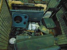 You are bidding on a Stillage of Mixed Land Rover Parts