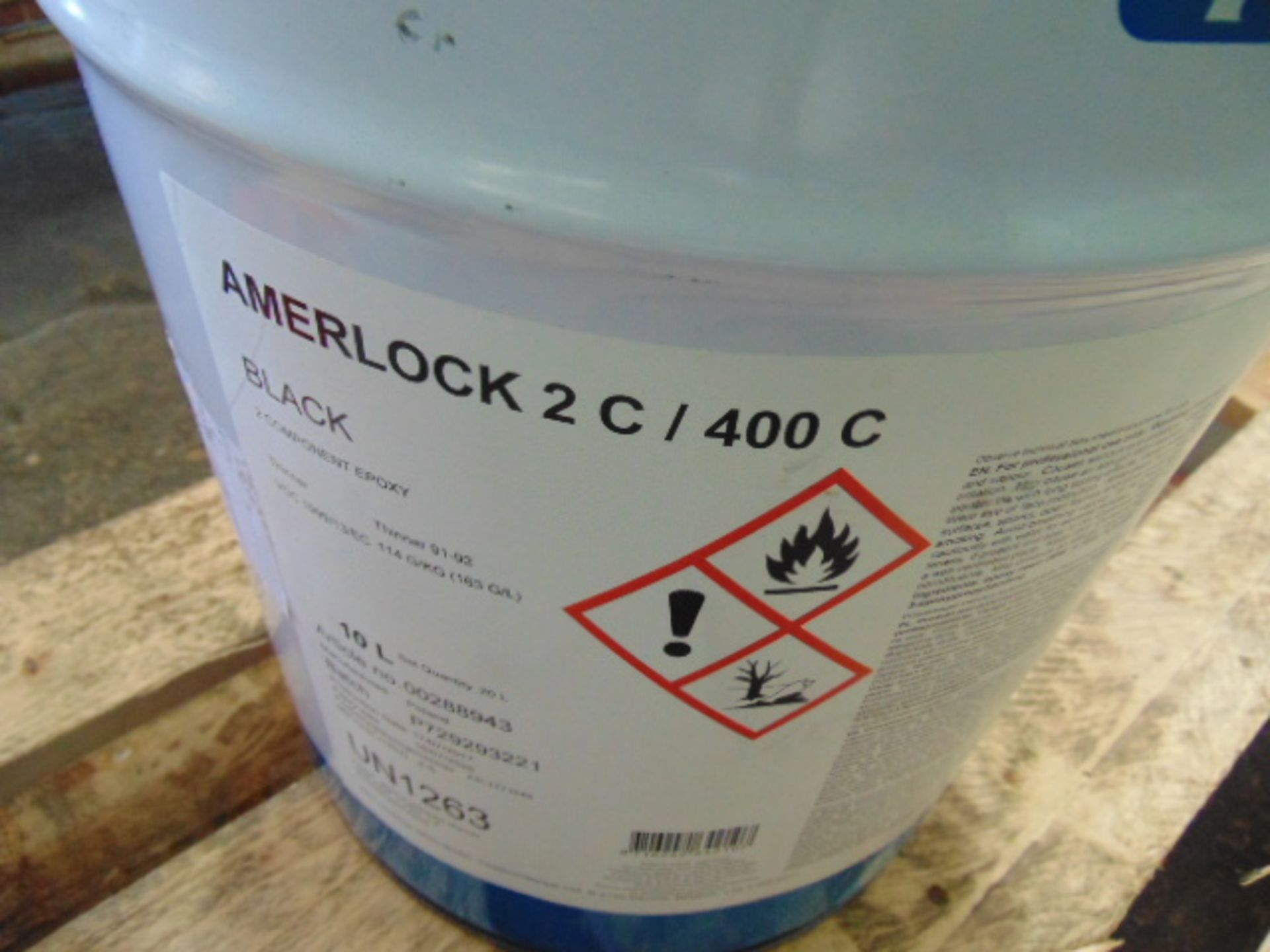 Lot 114 - Qty 2 x Amerlock 2C/400C Black Epoxy Coating Direct from Reserve Stores