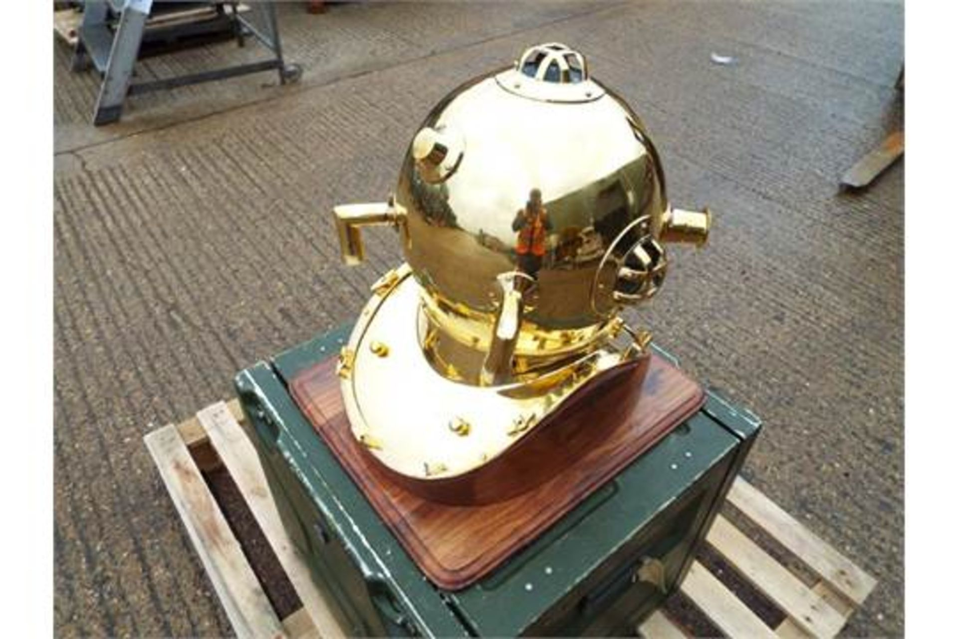 Lot 269 - Replica Full Size U.S. Navy Mark V Brass Diving Helmet on Wooden Display Stand