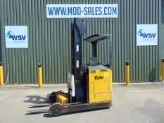 Yale MR16 Electric Reach Fork Lift Truck c/w Battery Charger ONLY 726 HOURS!