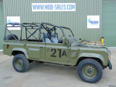 Land Rover Defender Wolf 110 Scout vehicle 300 Tdi