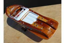 Aquarama Riva Runabout Highly Detailed Scale Model