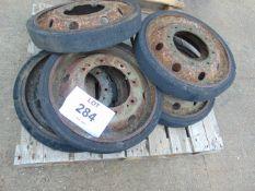 6X FV 432 Road Wheels
