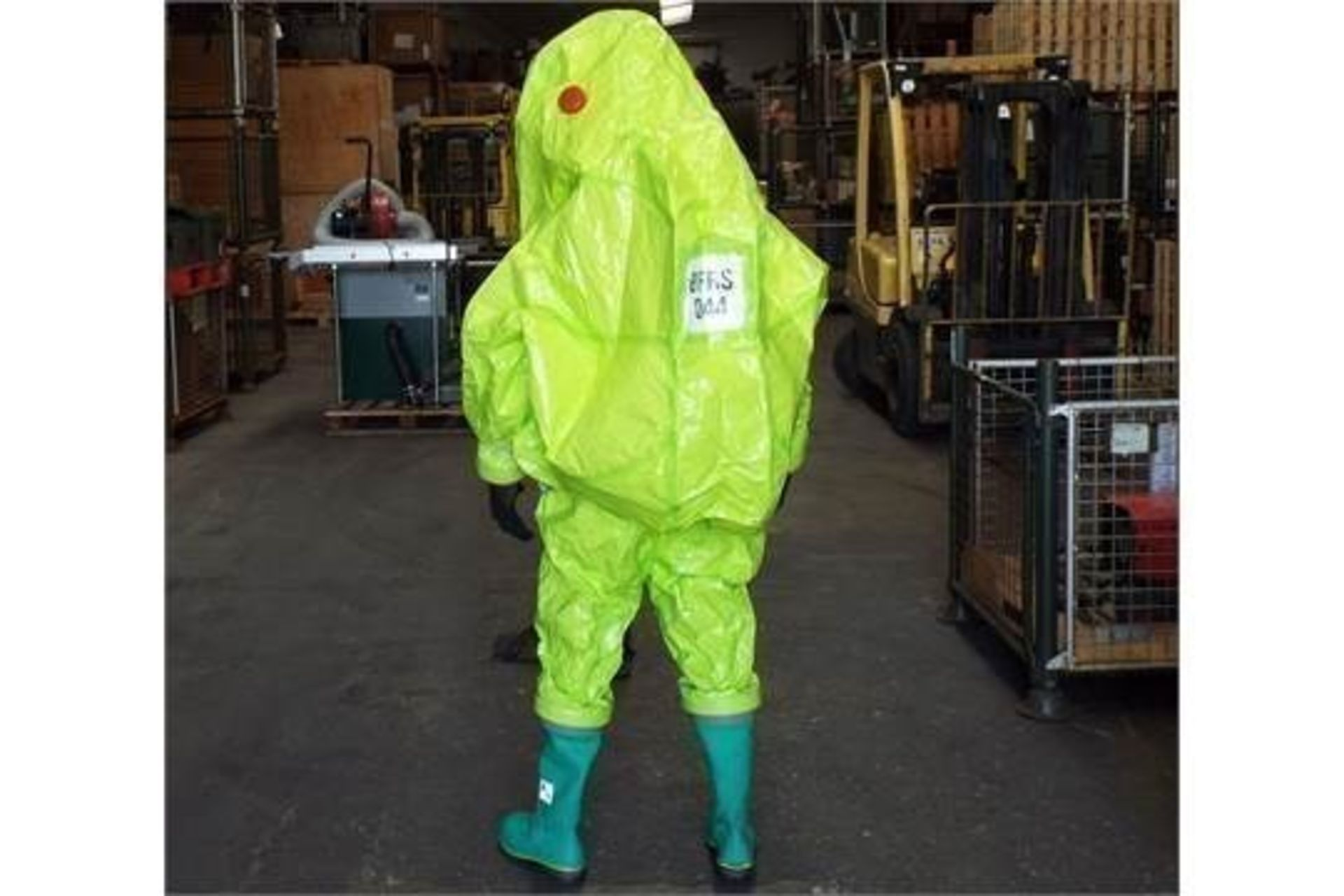 10 x Respirex Tychem TK Gas-Tight Hazmat Suit Type 1A with Attached Boots and Gloves - Image 3 of 10