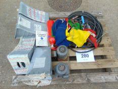 10 Tonne Hydraulic Jacks, Wheel, Chocks, Air Lines etc