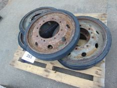5X FV 432 Road Wheels
