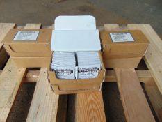 400 units of Mini Cyalume light sticks