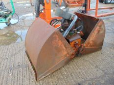 Kinshoffer 450mm Wide Clamshell bucket