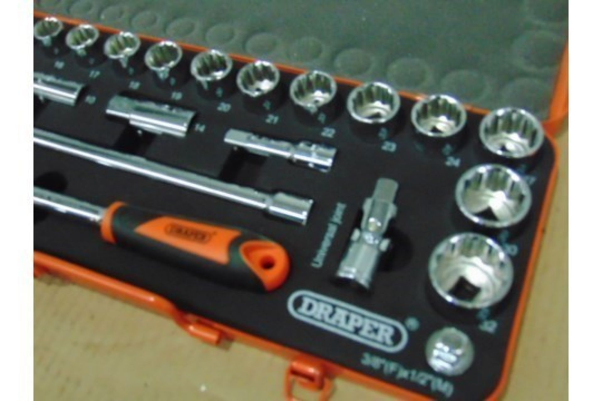 "Lot 372 - Draper Retro Edition 25pc 1/2"" Metric Socket Set"