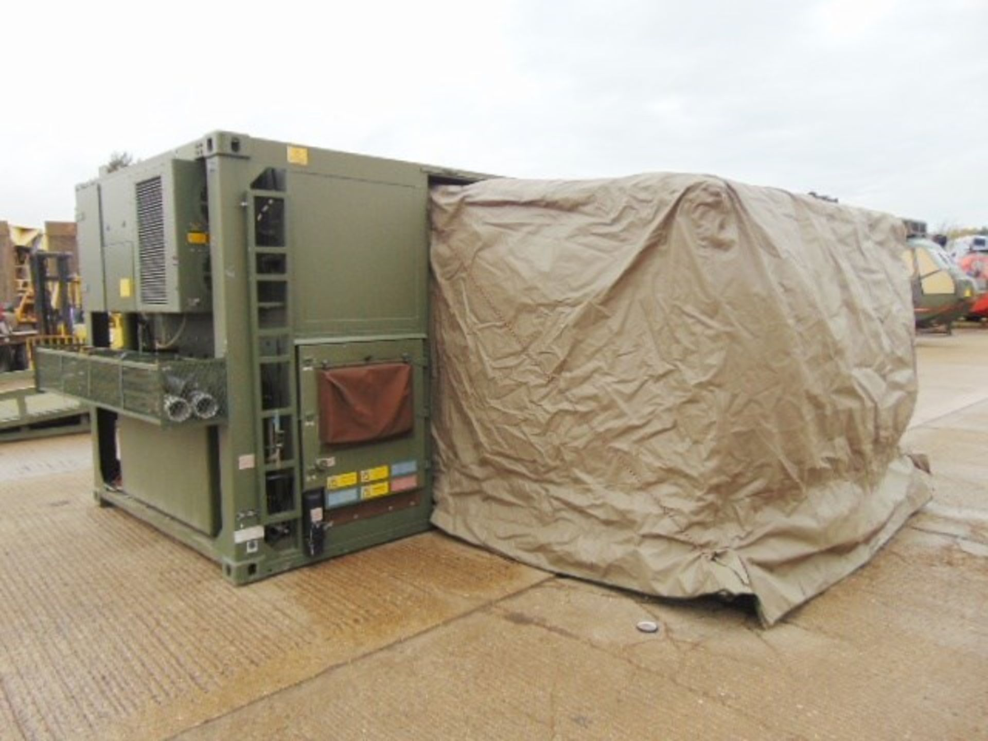 Lot 61 - UNISSUED Rapidly Deployable Containerised Integrated Biological Detection/Decontamination System