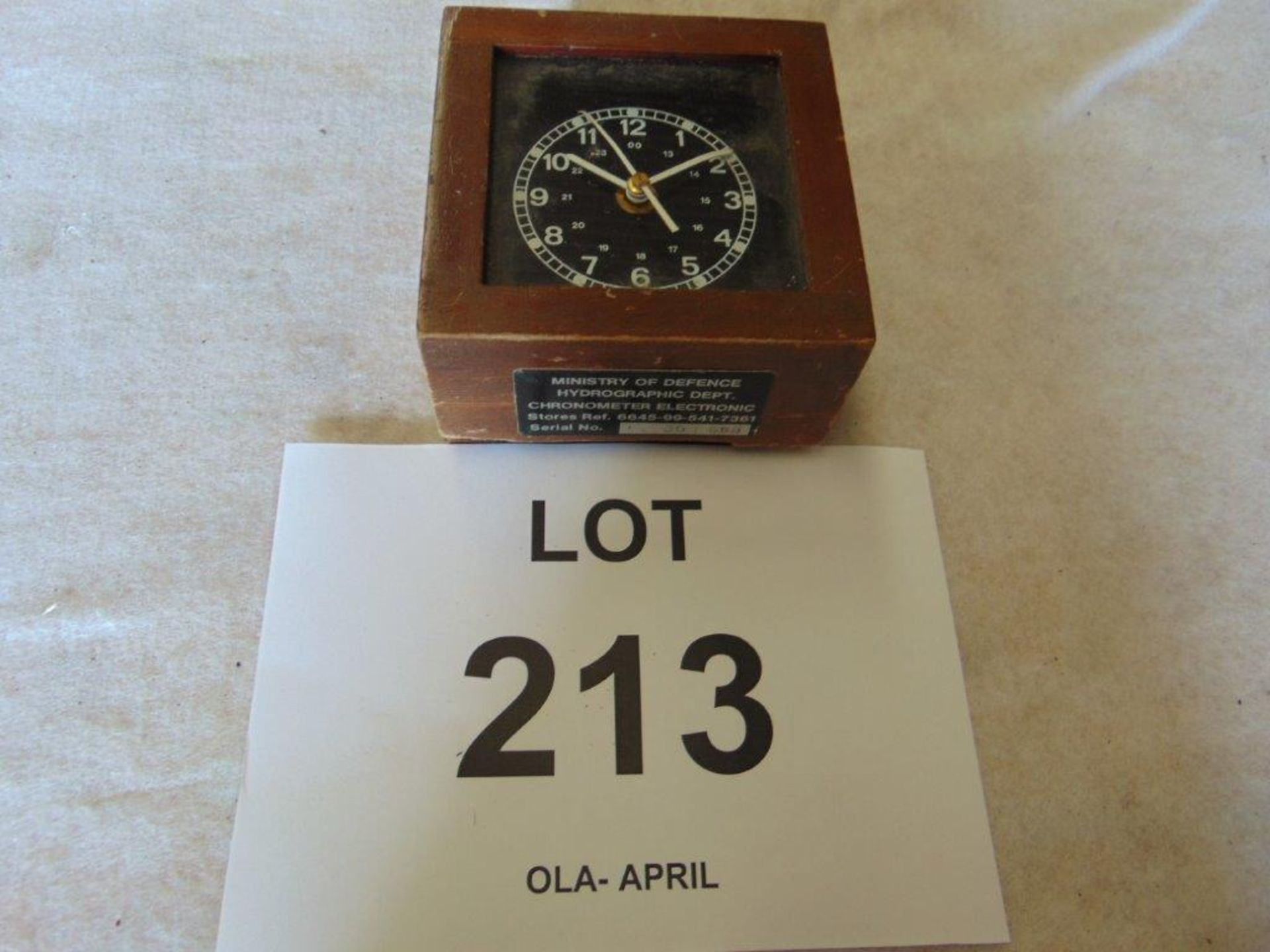 Lot 213 - Ministry of Defence Hydrographic Dept Electronic Chronometer Dated 1980