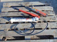 Power Team P55 Hydraulic Hand Pump - 10000 PSI / 700 Bar c/w Hydraulic Ram